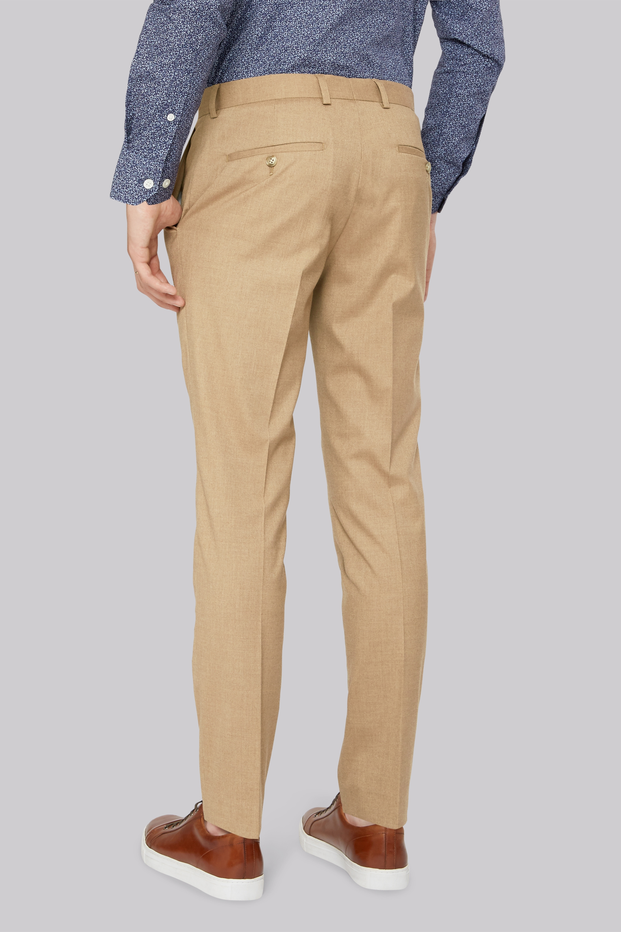 Ann Taylor has the perfect pants for every fit. Discover our modern, curvy or signature fits in dress pants, suit pants, ankle pants, wide leg pants and more.