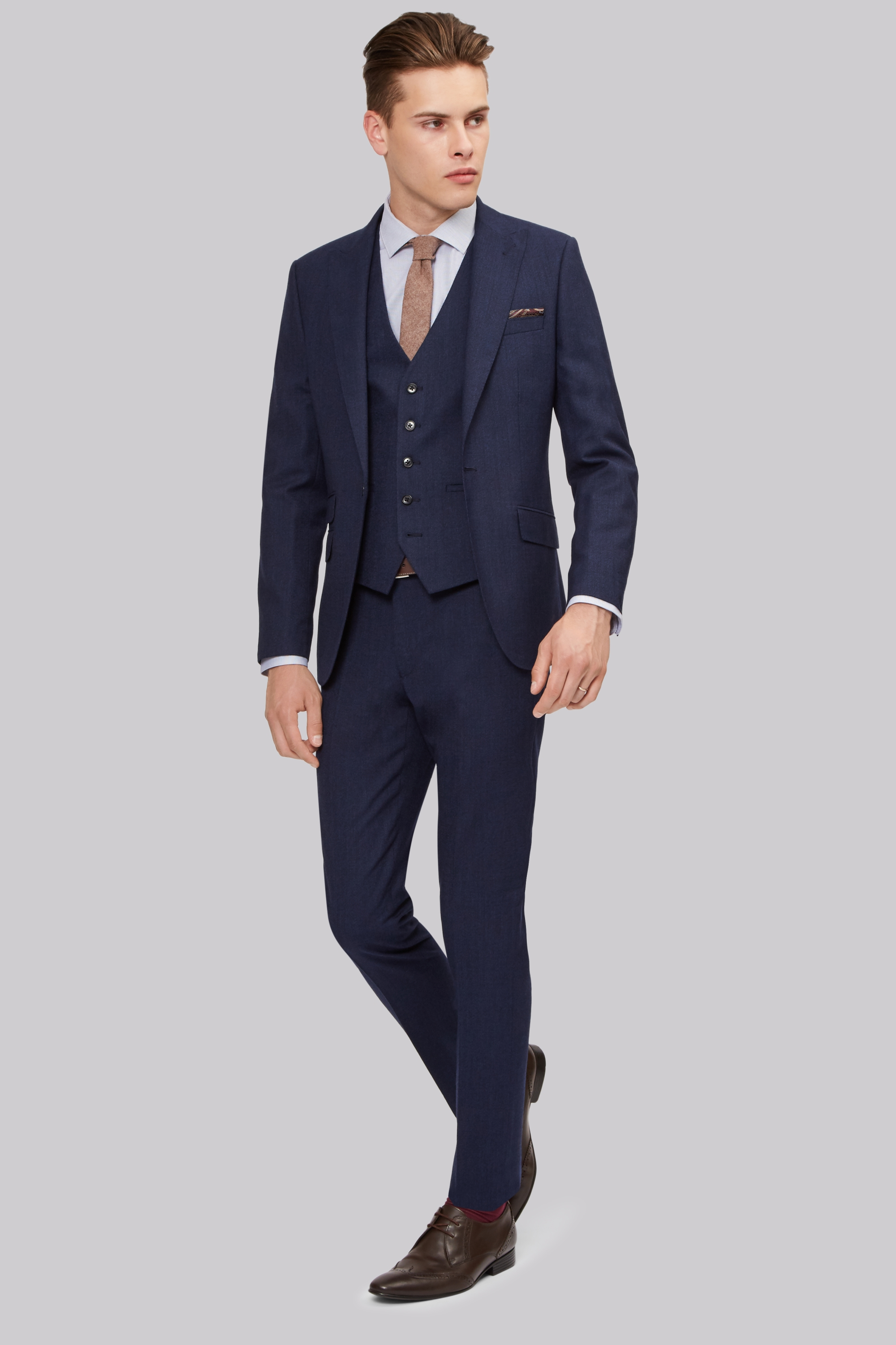 Skinny Fit Suits for Men | Moss Bros