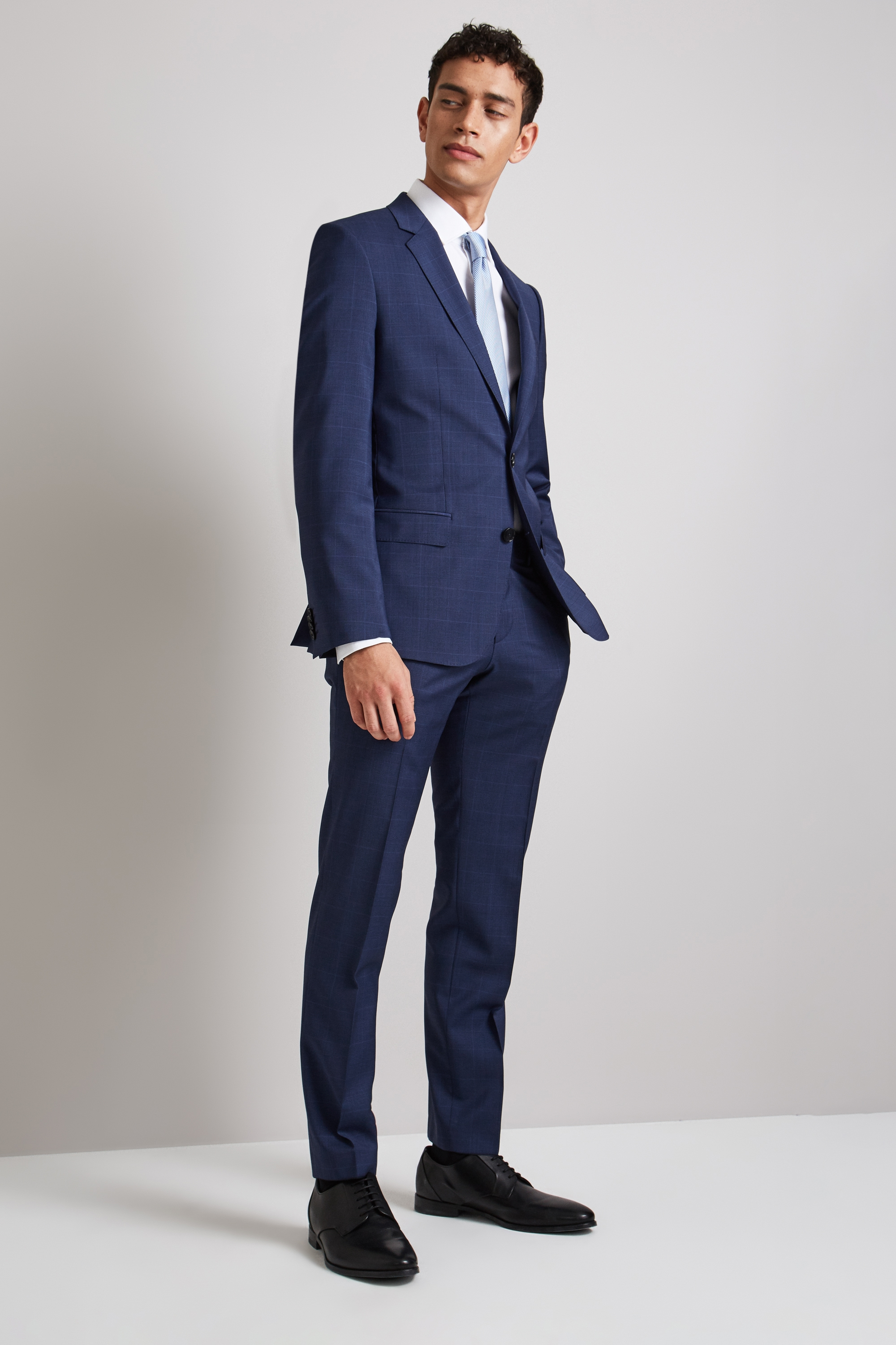 Boss Hugo suits for men photos